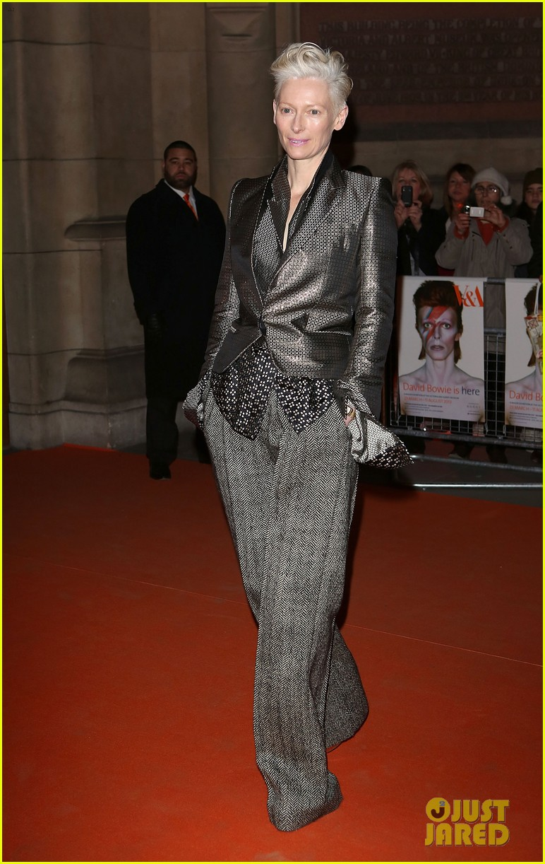 tilda swinton douglas booth david bowie exhibit 08