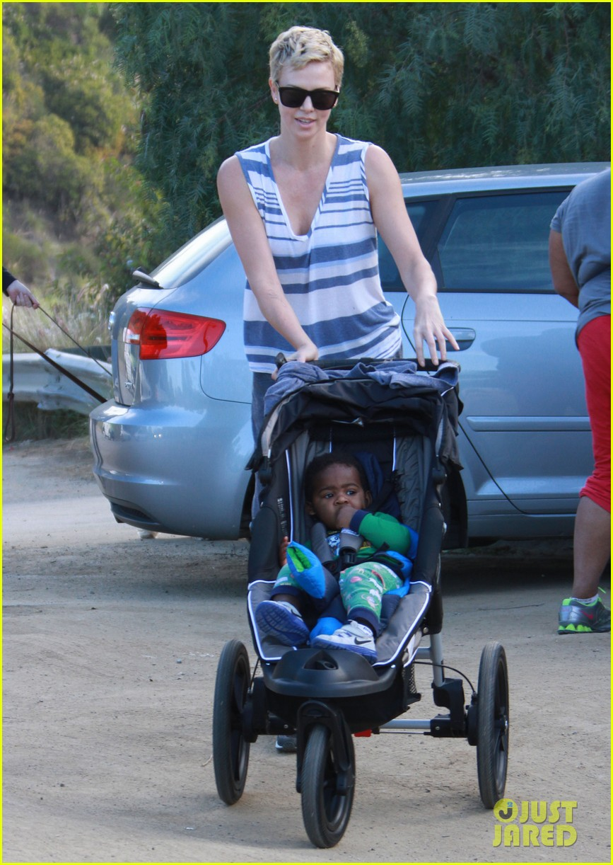 charlize theron runyon canyon hike with jackson 072831166