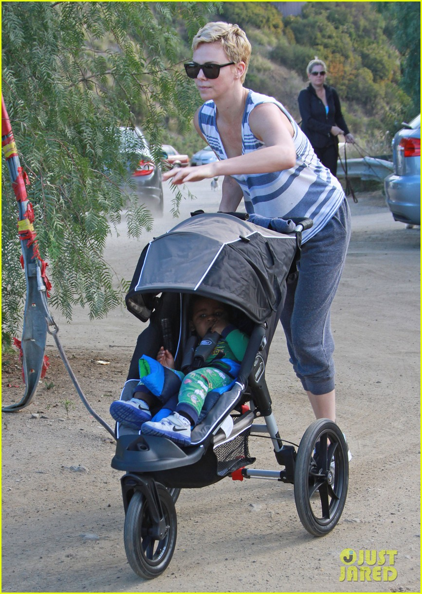 charlize theron runyon canyon hike with jackson 132831172