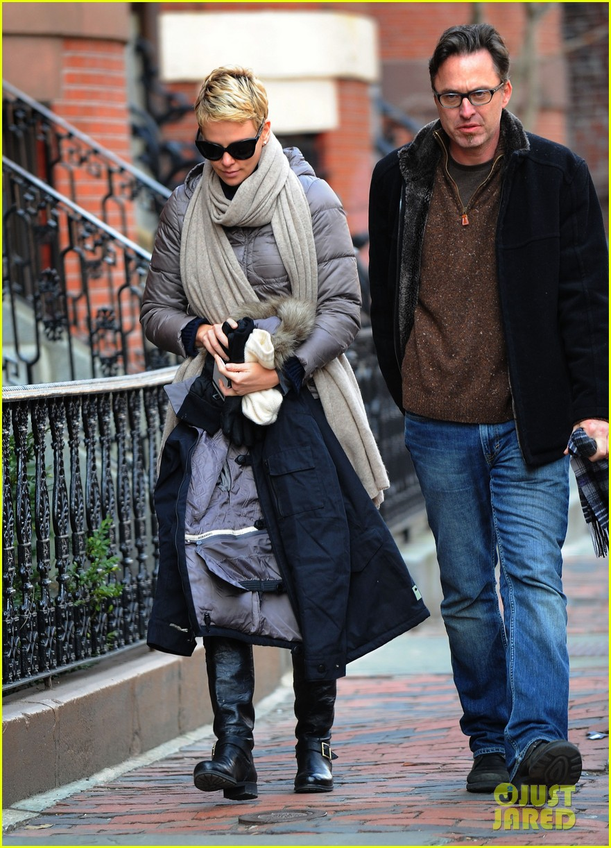 charlize theron checks in on hatfields mccoys 012833506