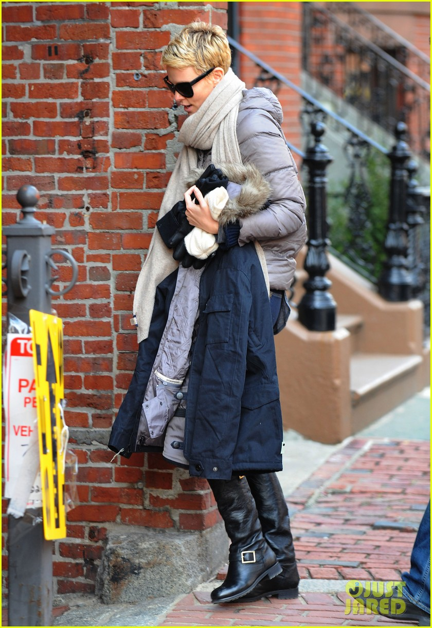 charlize theron checks in on hatfields mccoys 092833514