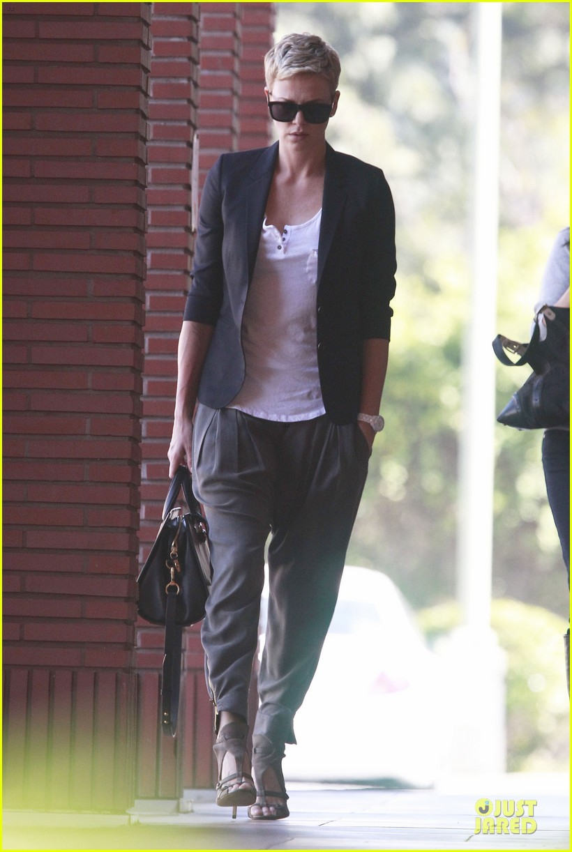 charlize theron disney studios meeting 01