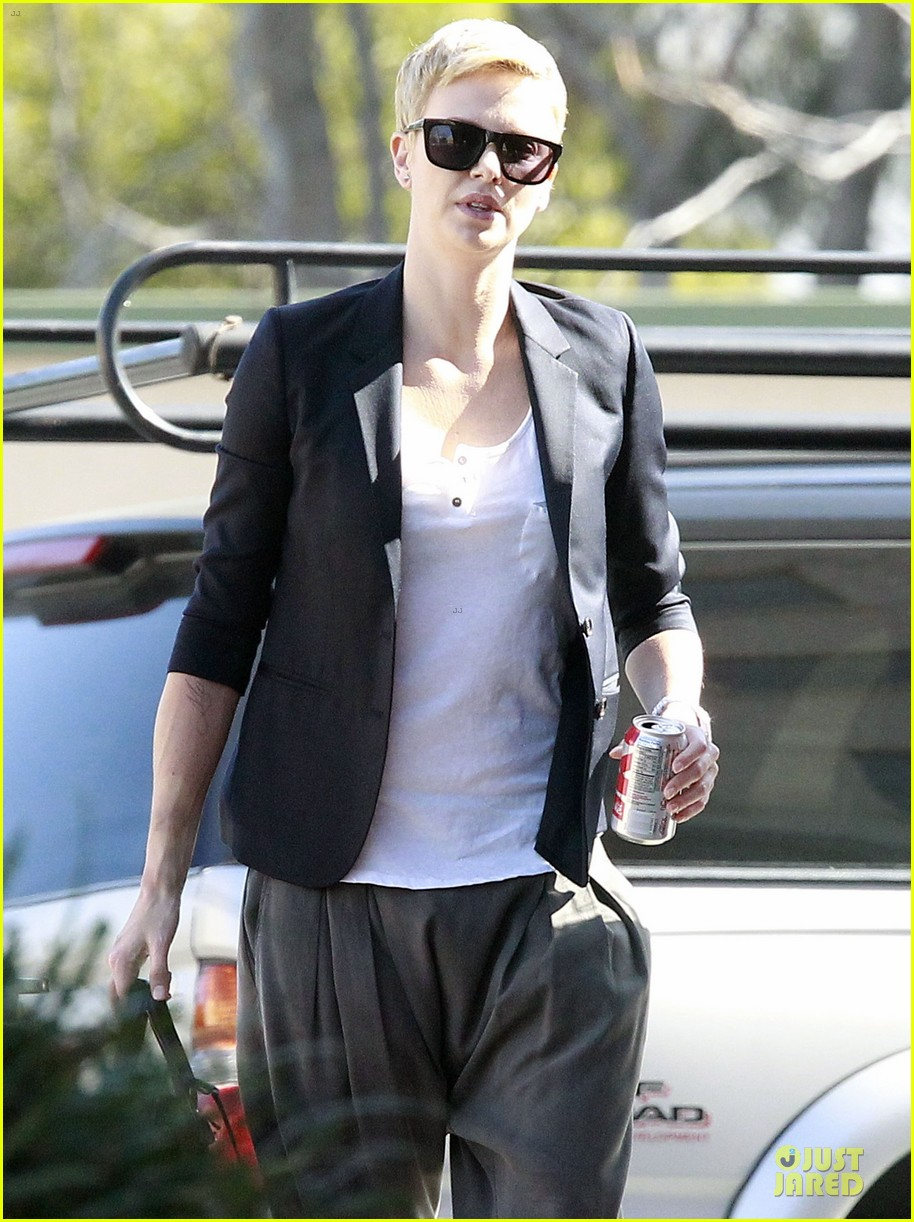 charlize theron disney studios meeting 13