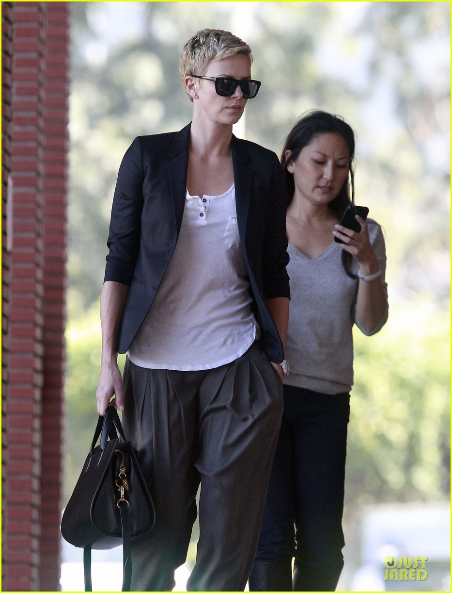 charlize theron disney studios meeting 192831352