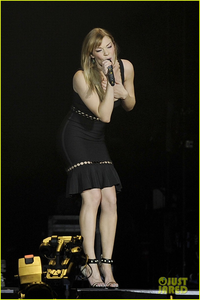carrie underwood leann rimes country 2 country festival 012832566