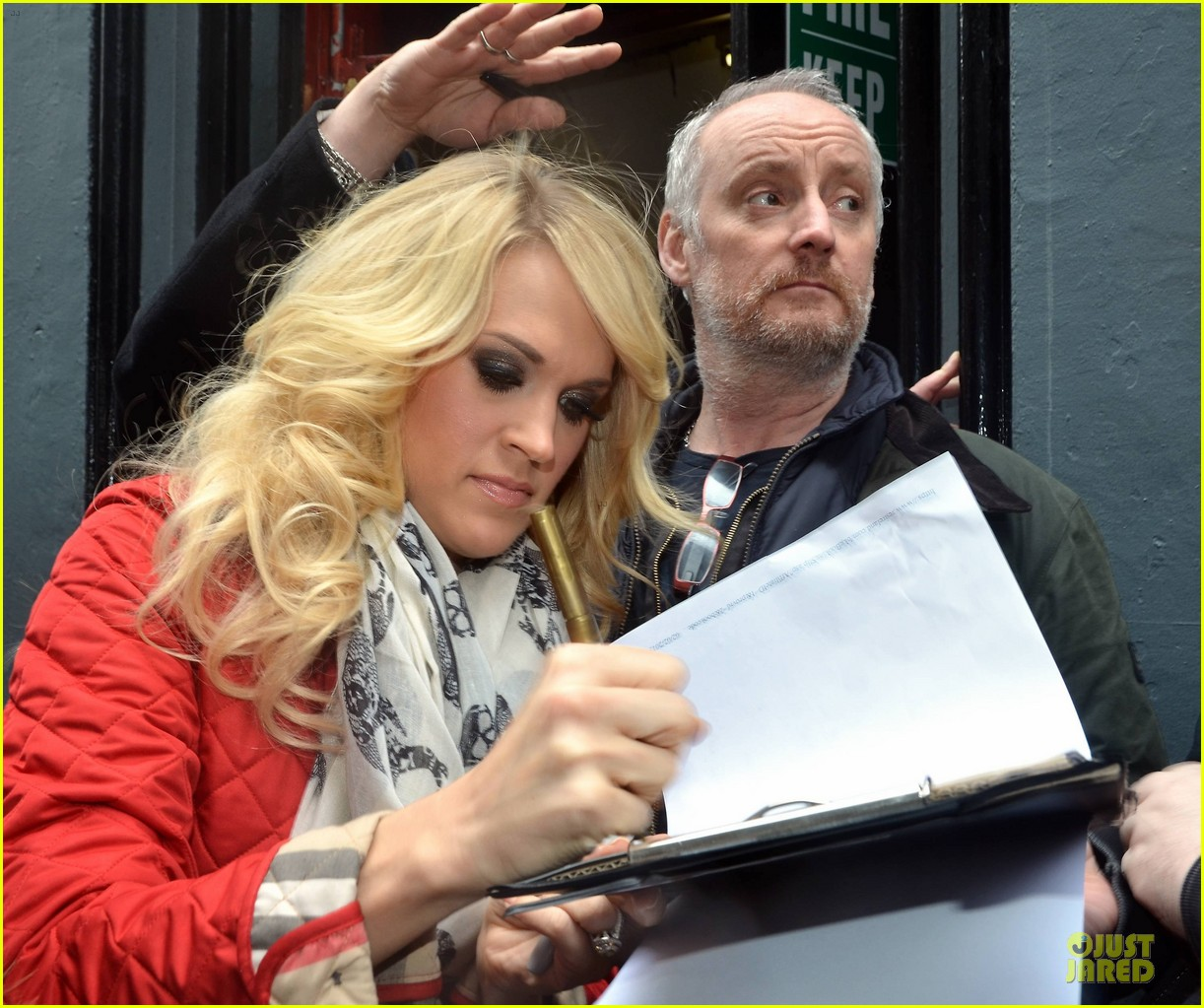 carrie underwood dublin sang every word with me 022830620