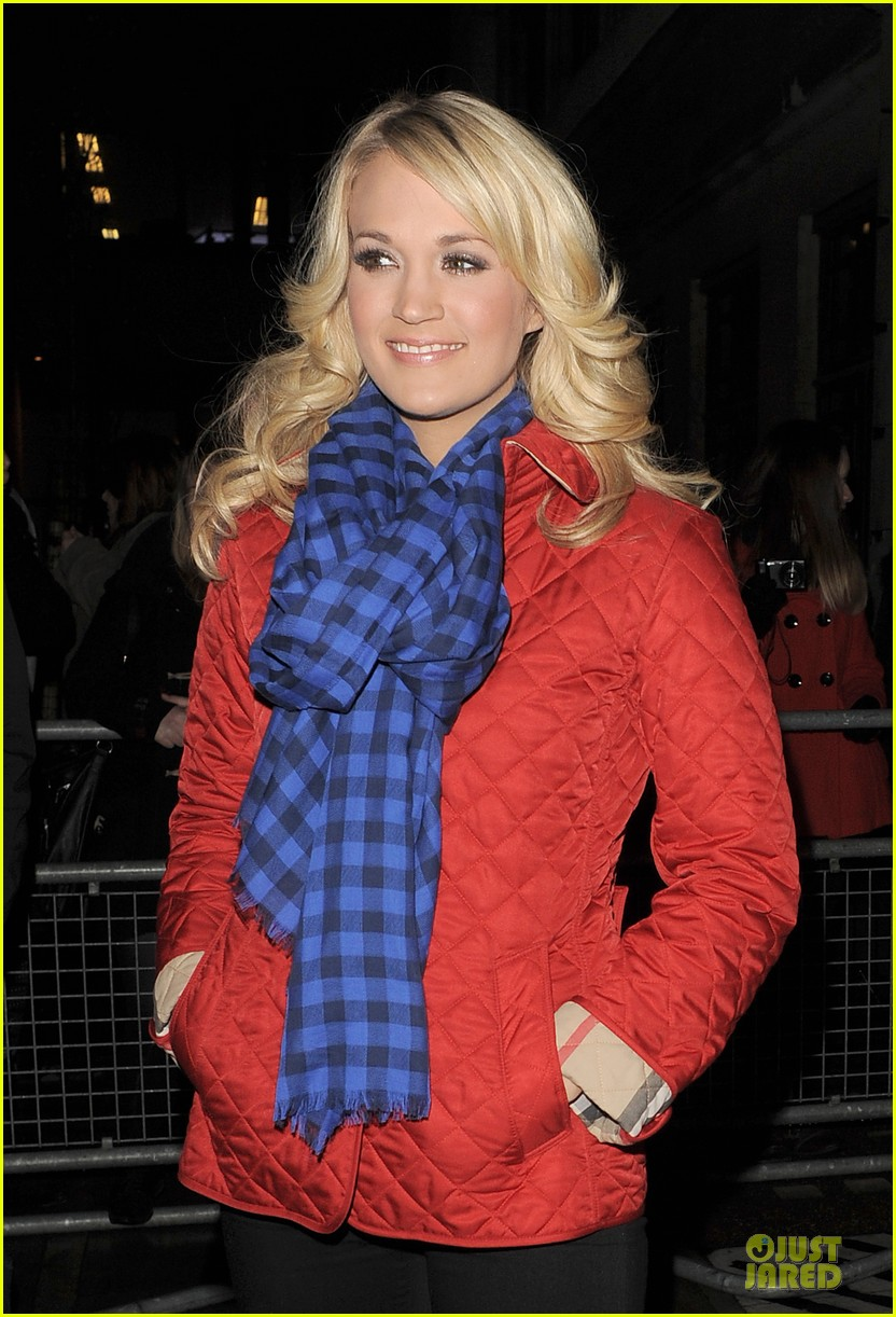 carrie underwood dublin sang every word with me 102830628
