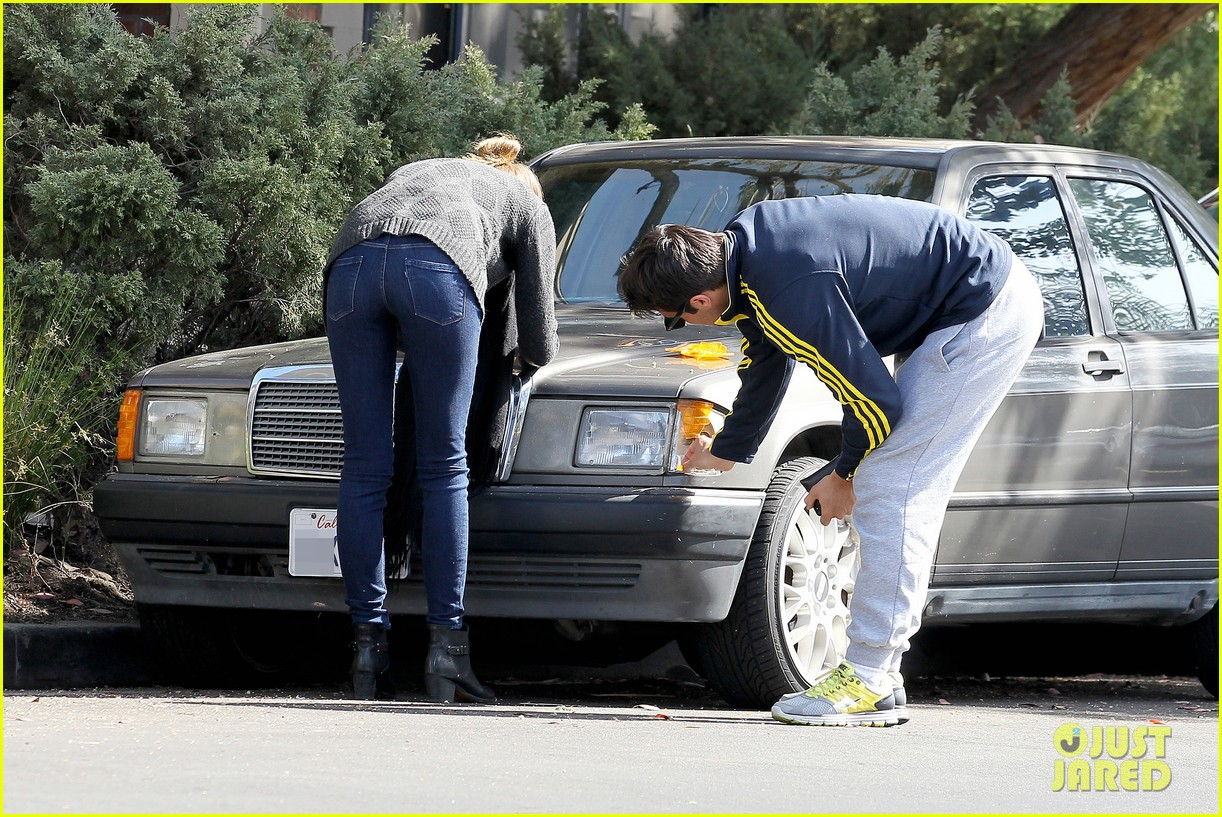 emily vancamp josh bowman fender bender blues 122835391