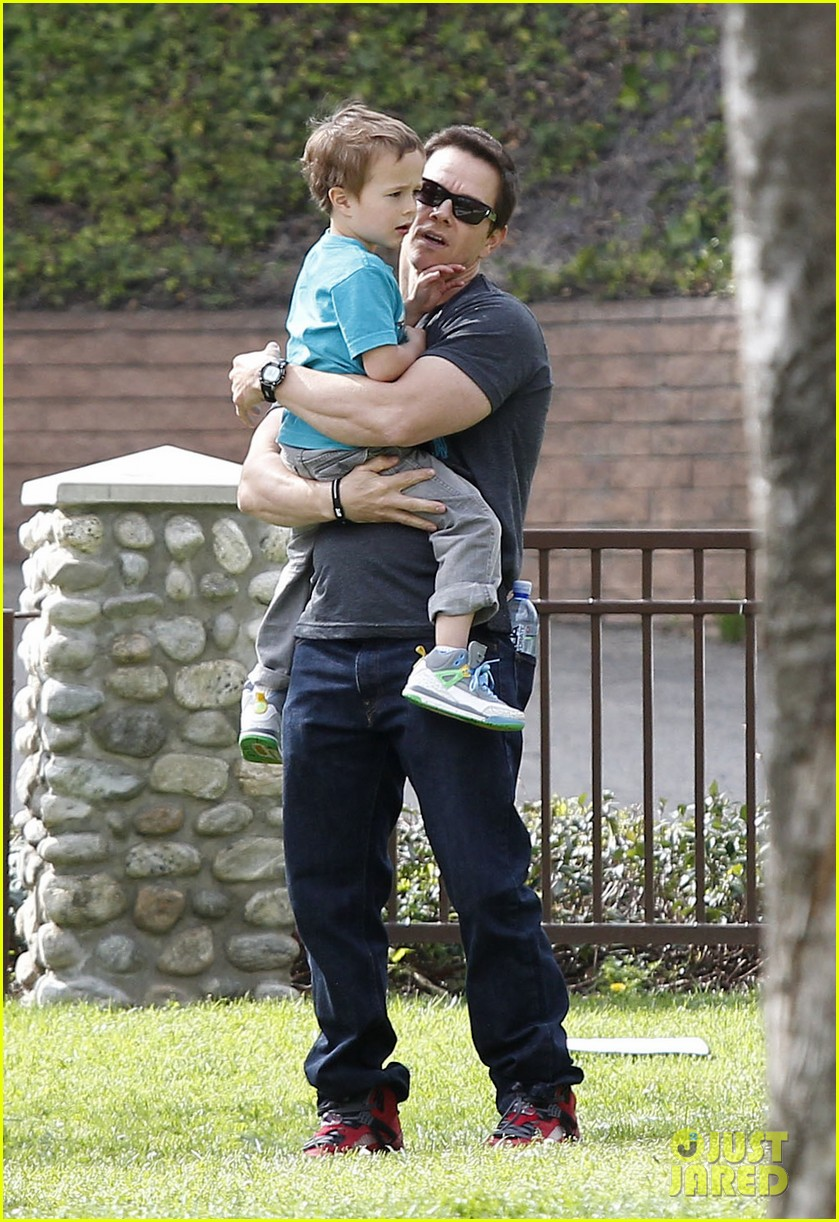 mark wahlberg coldwater canyon park with brendan 122834481