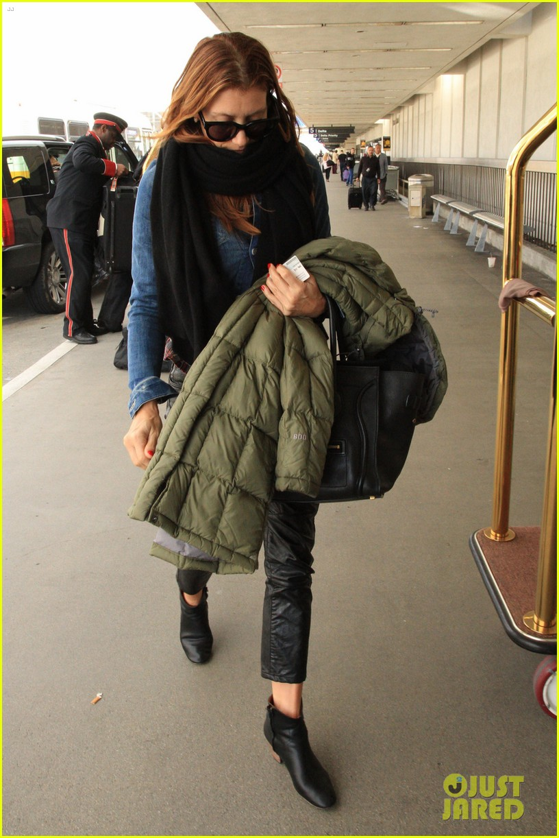 kate walsh laid back lax departure 03