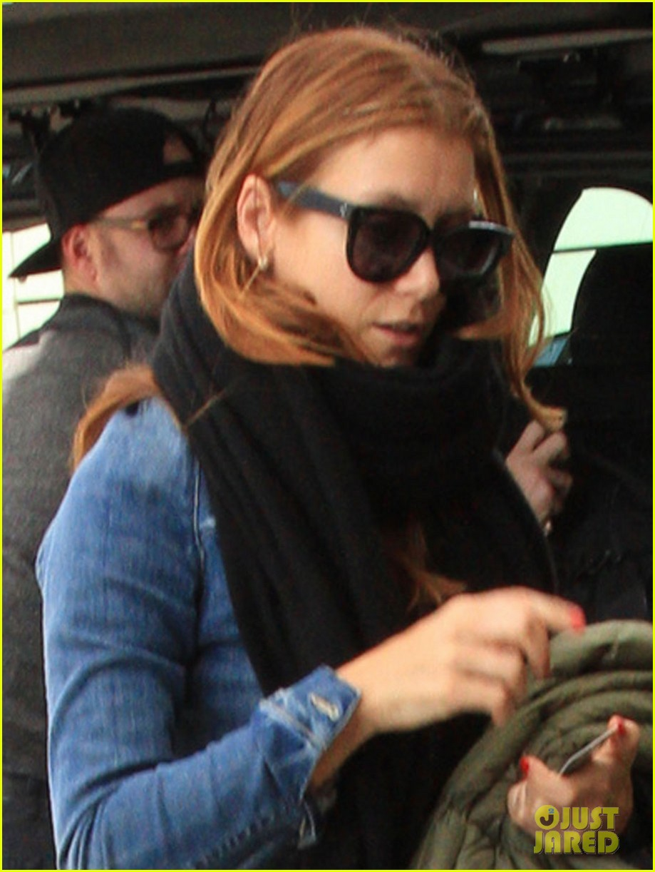 kate walsh laid back lax departure 082828056