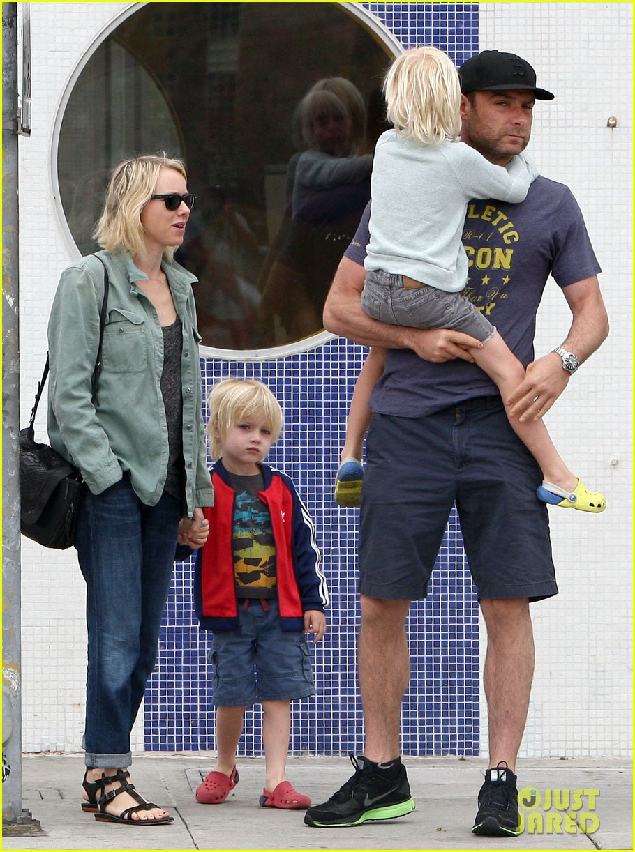 naomi watts liev schreiber saturday family errands 062840881