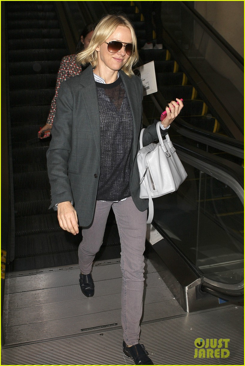 naomi watts from lax to paris 17
