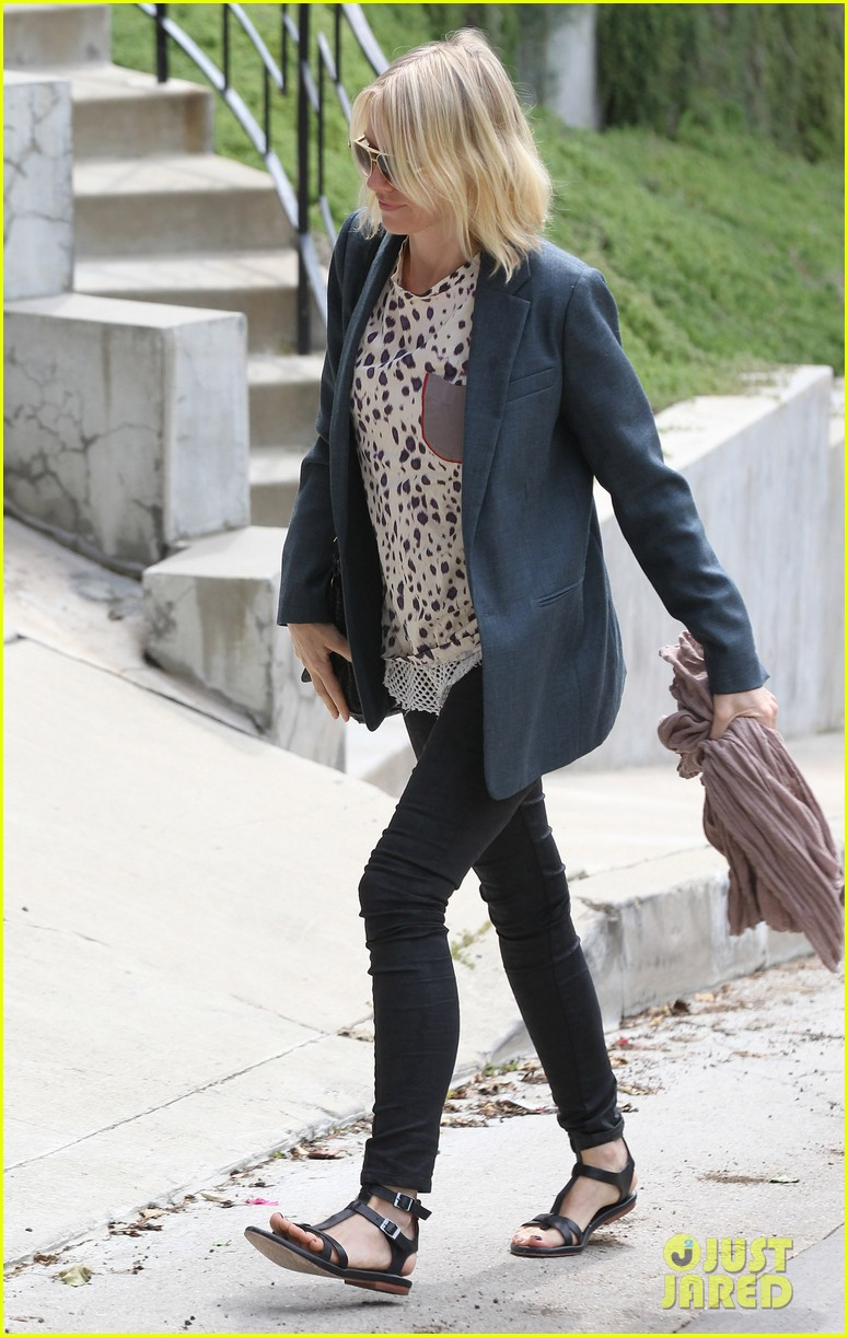 naomi watts liev schreiber separate sunny outings 032834987