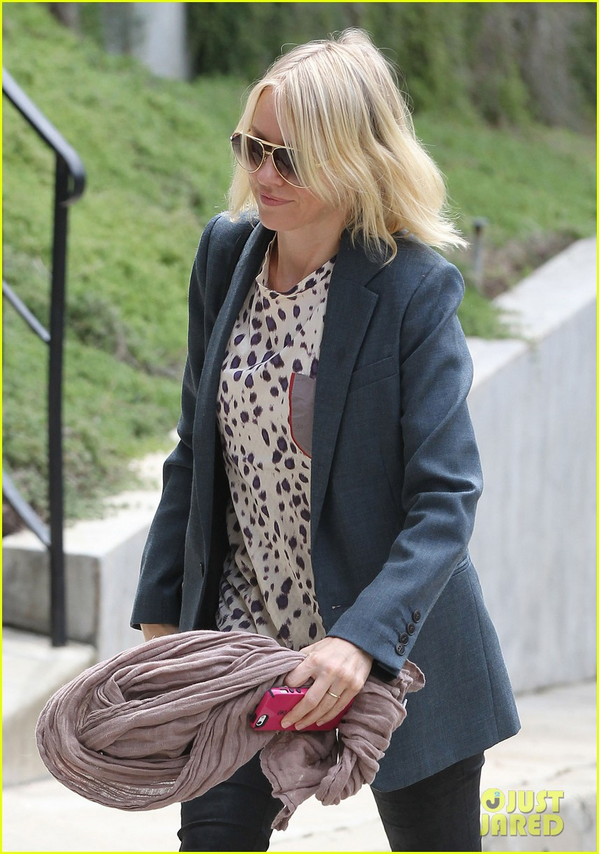 naomi watts liev schreiber separate sunny outings 042834988
