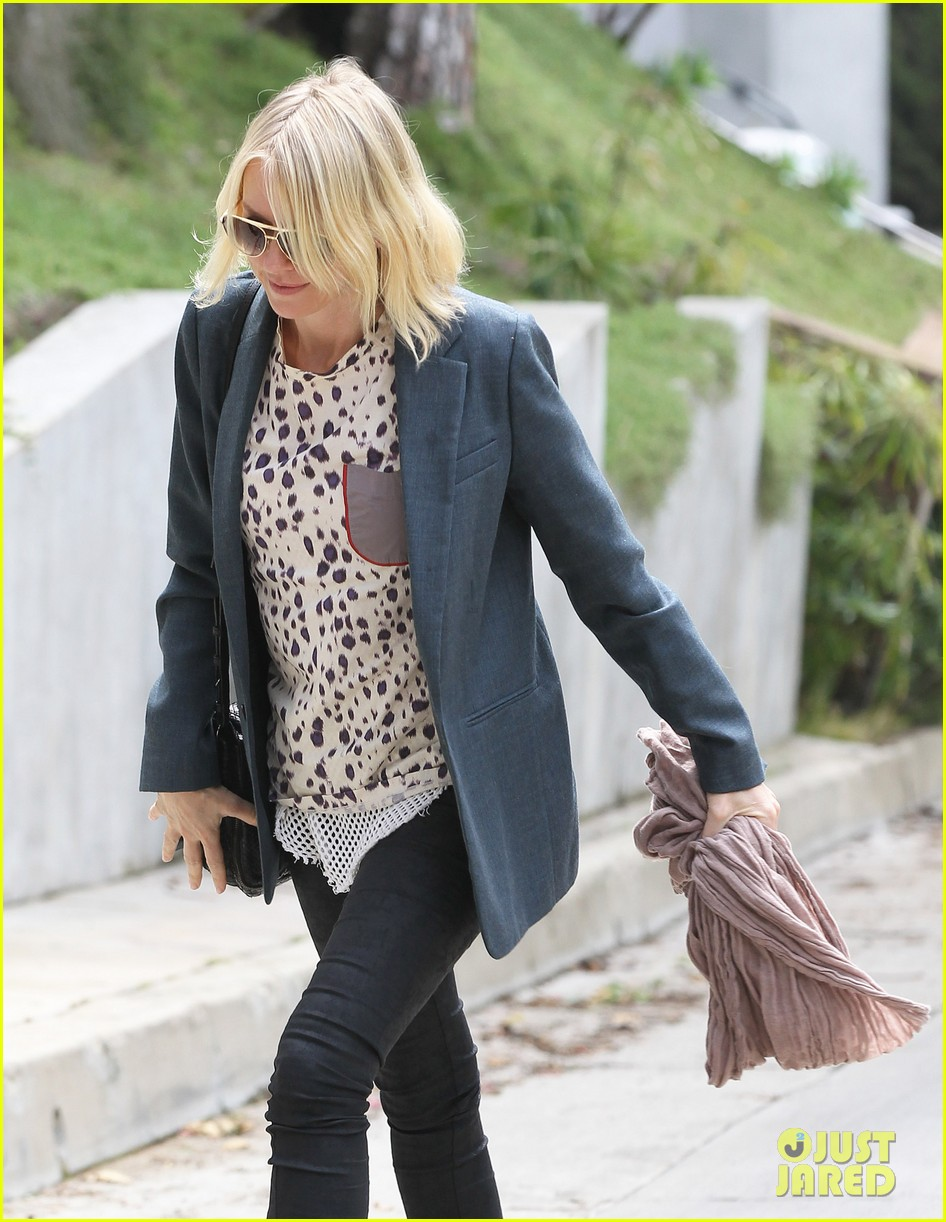 naomi watts liev schreiber separate sunny outings 062834990