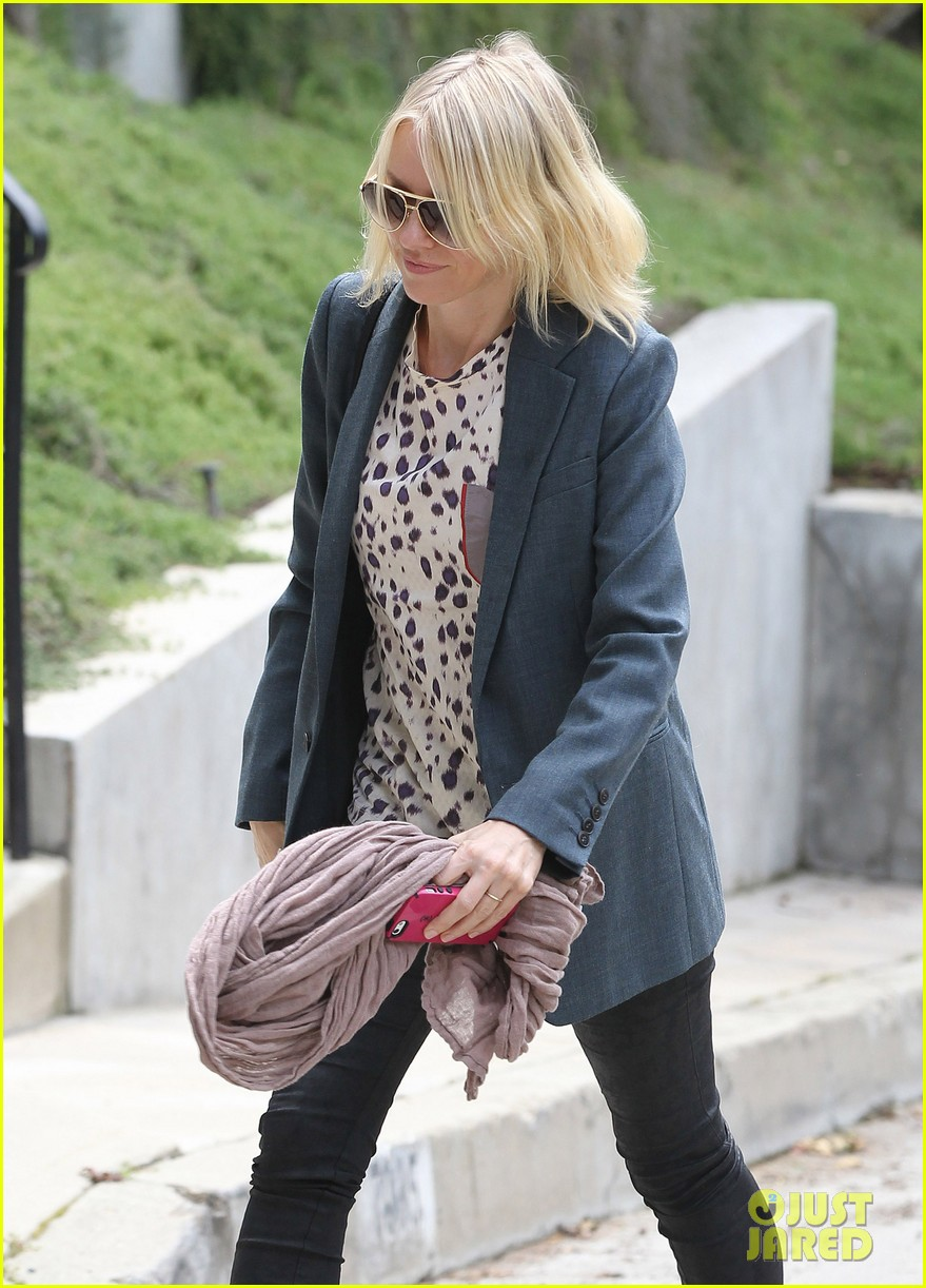 naomi watts liev schreiber separate sunny outings 092834993
