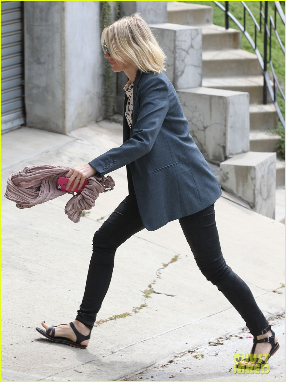 naomi watts liev schreiber separate sunny outings 132834997