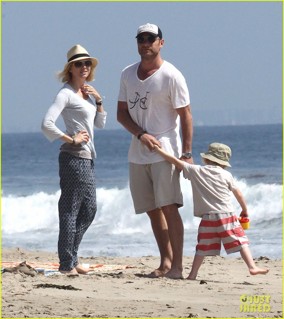 naomi watts shirtless liev schreiber family beach day 032836790