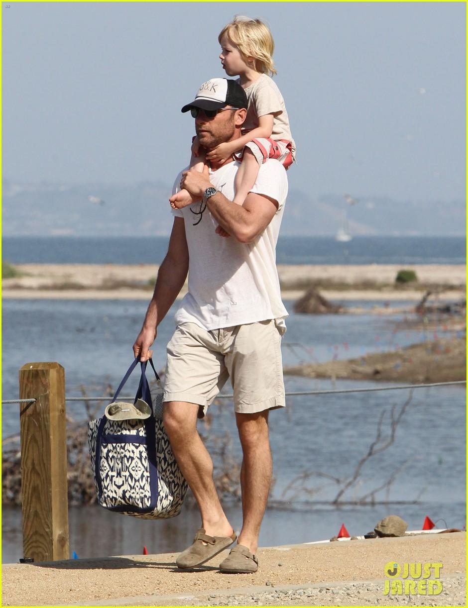 naomi watts shirtless liev schreiber family beach day 202836807