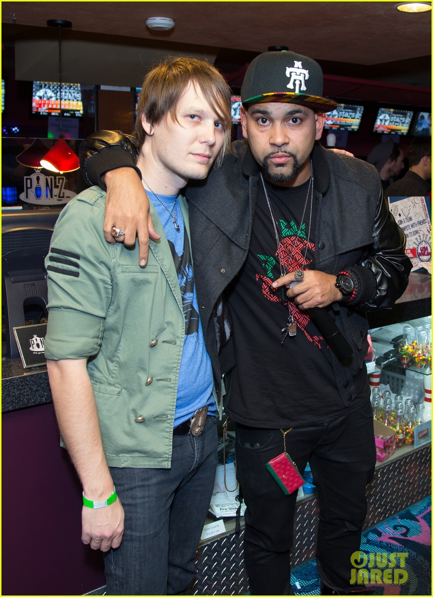 pete wentz william stars strikes charity event 06