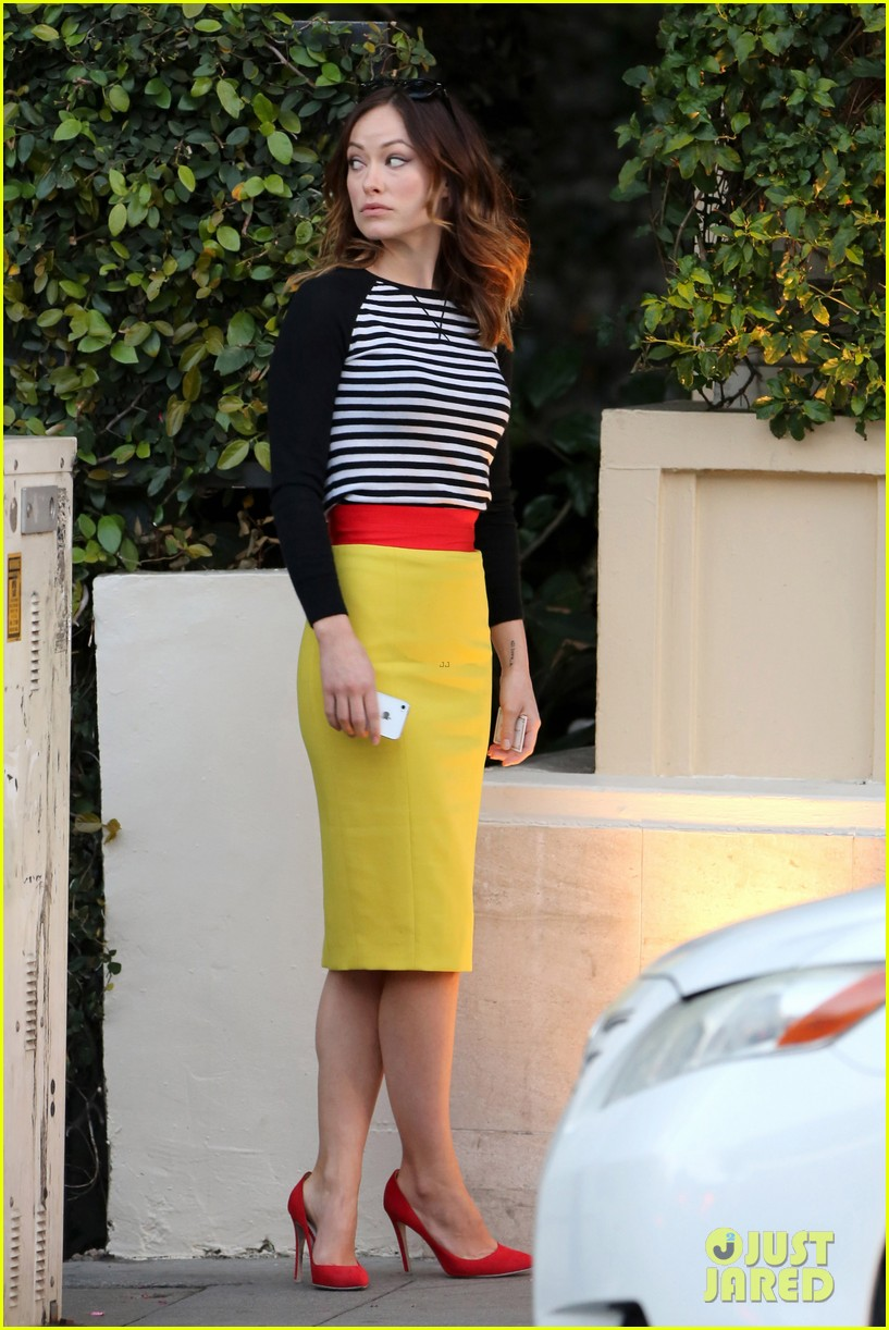 olivia wilde brightly colored beauty 052830260