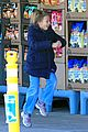michelle williams grocery shopping in new york city 03
