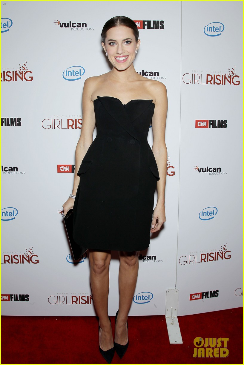 allison williams covers town and country april 2013 012826418