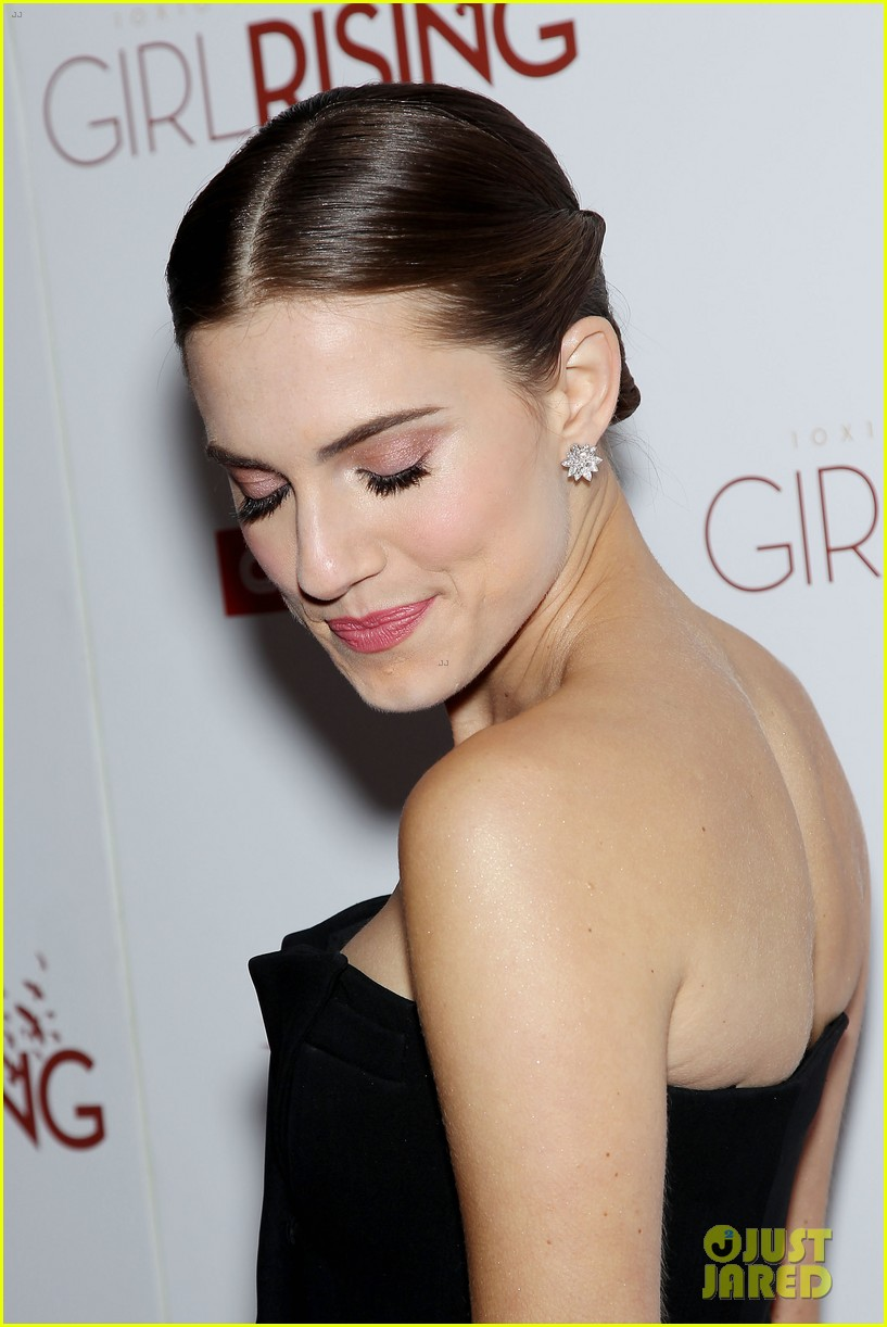 allison williams covers town and country april 2013 152826432