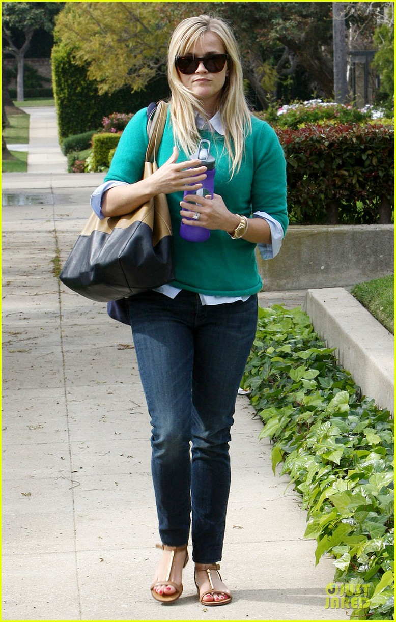 reese witherspoon michael buble told me baby news first 112833969