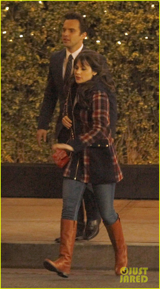 zooey deschanel beso new girl filming 11