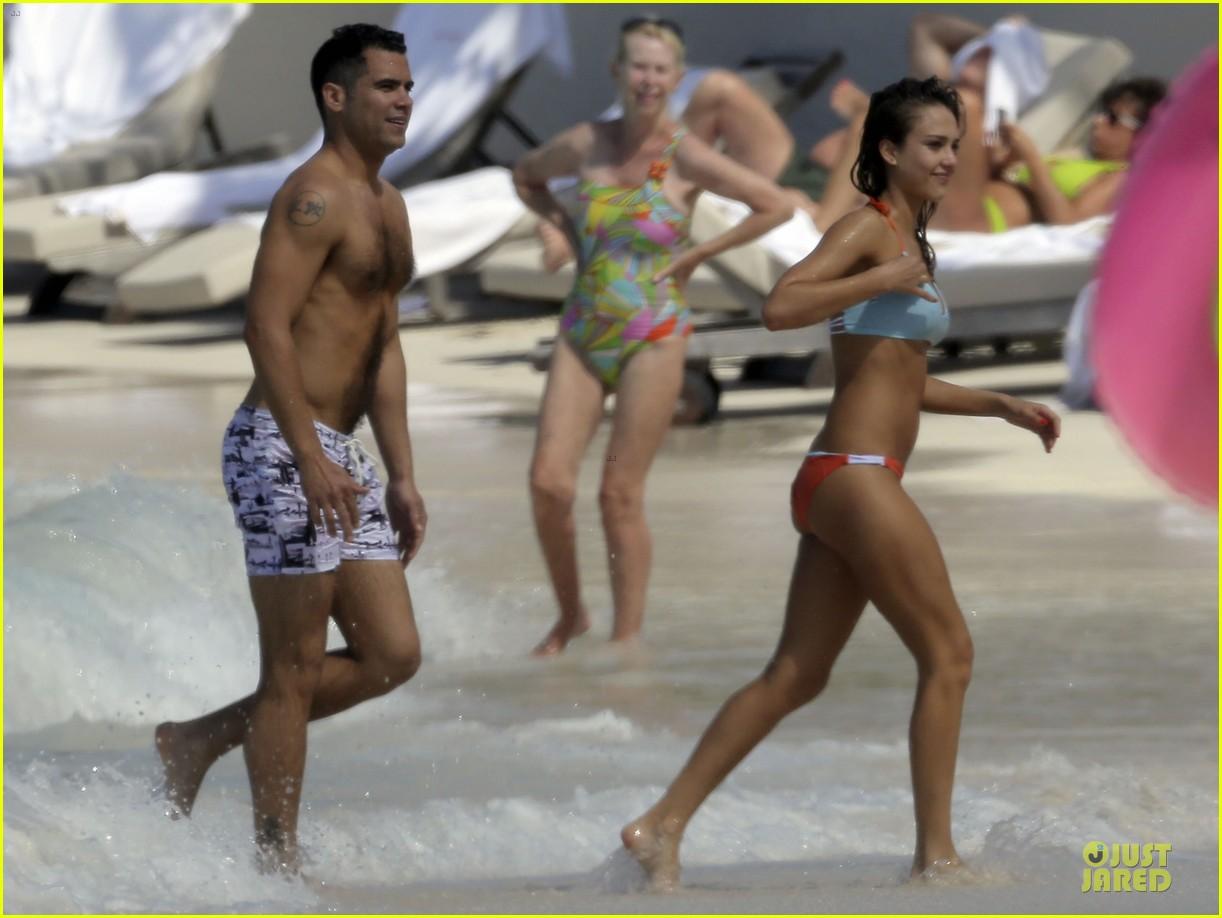 jessica alba st barts bikini babe with shirtless cash warren 382844157