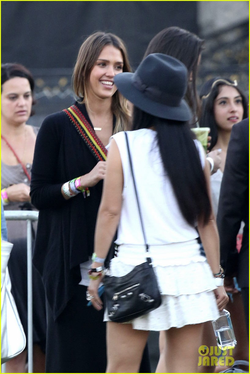 jessica alba cash warren coachella couple 18