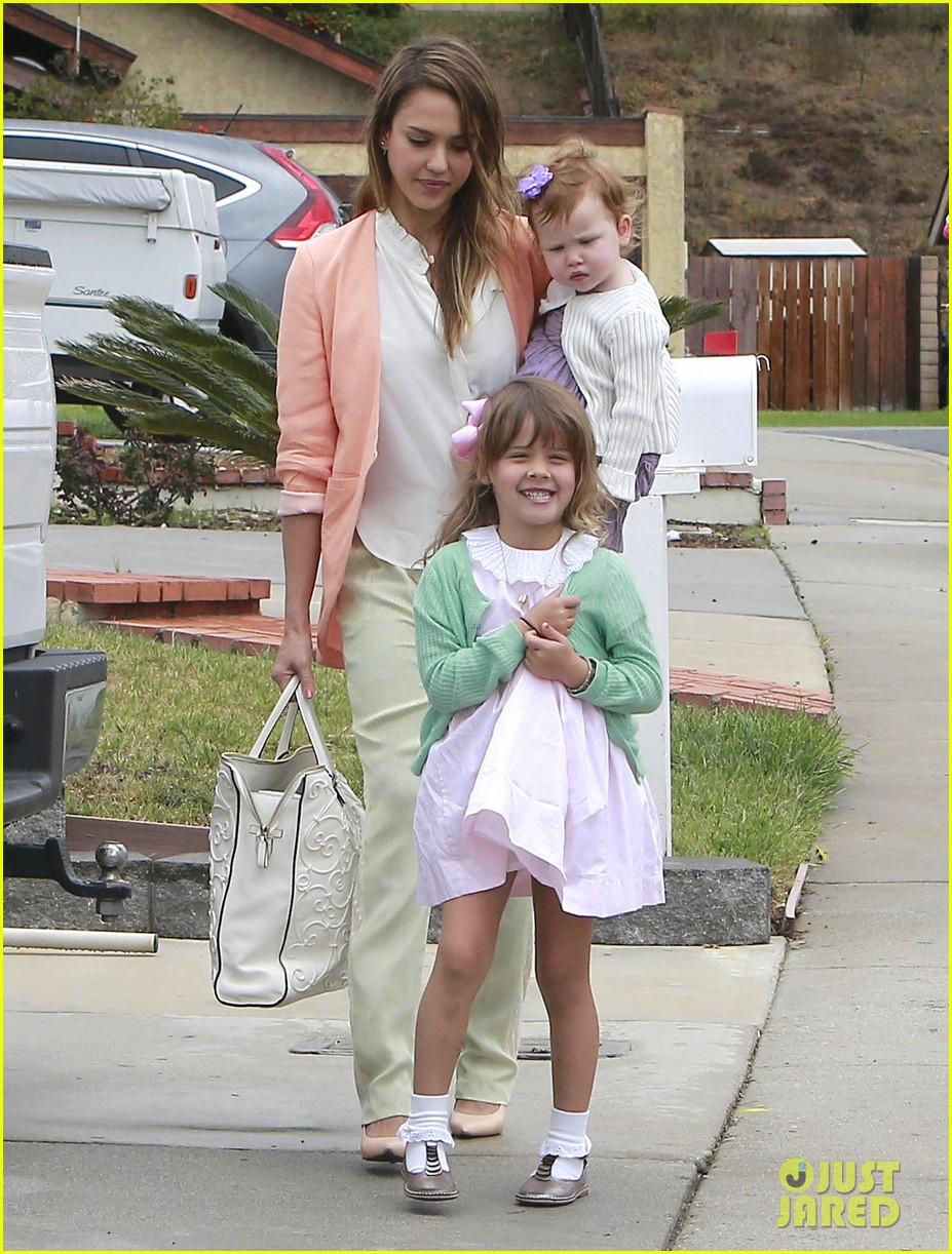jessica alba cash warren pastels on easter sunday 132841259