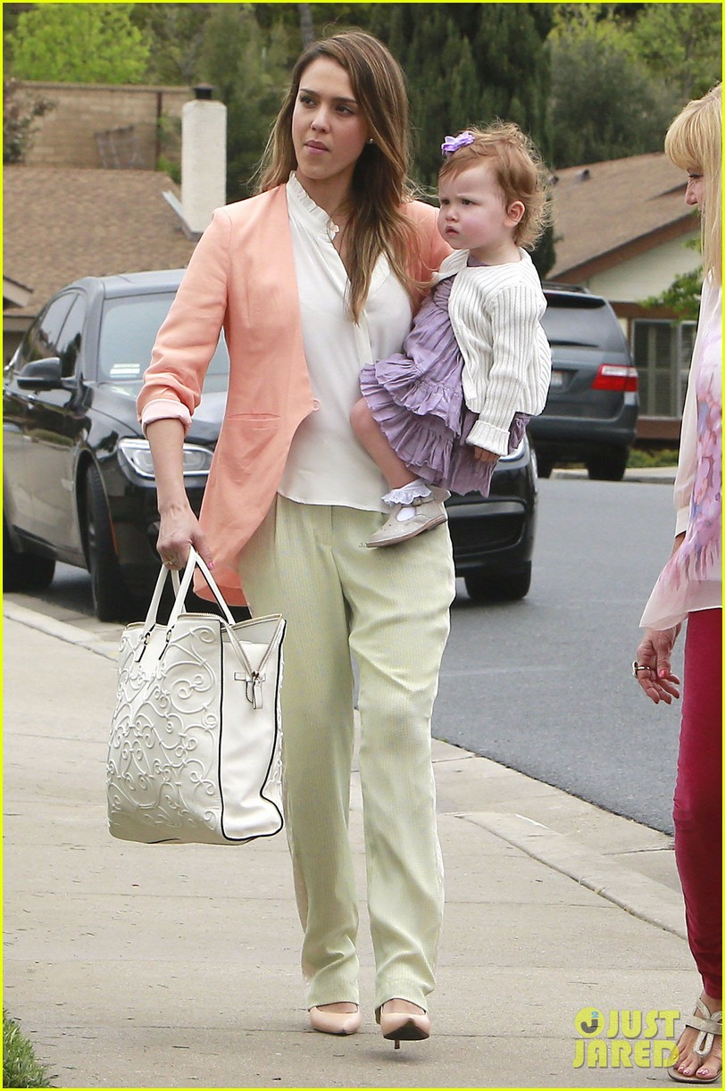 jessica alba cash warren pastels on easter sunday 152841261