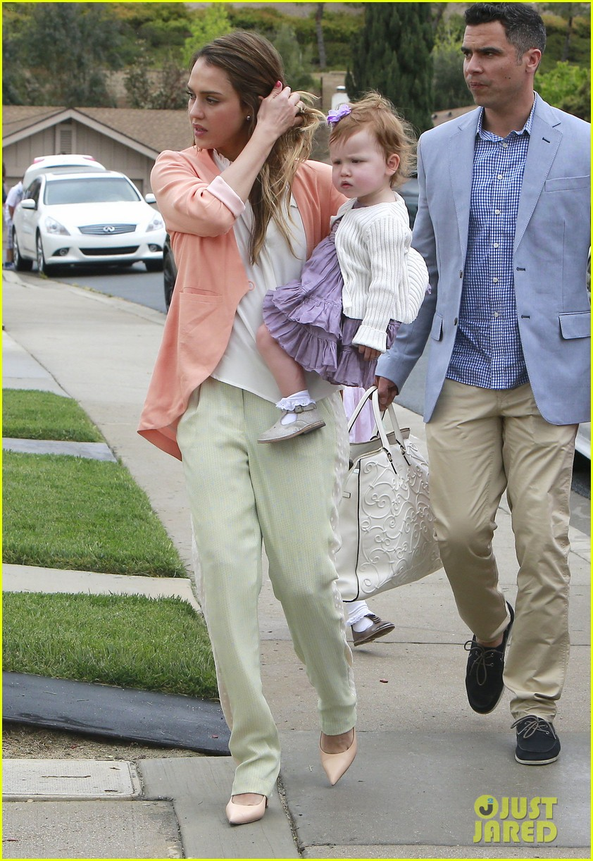 jessica alba cash warren pastels on easter sunday 16