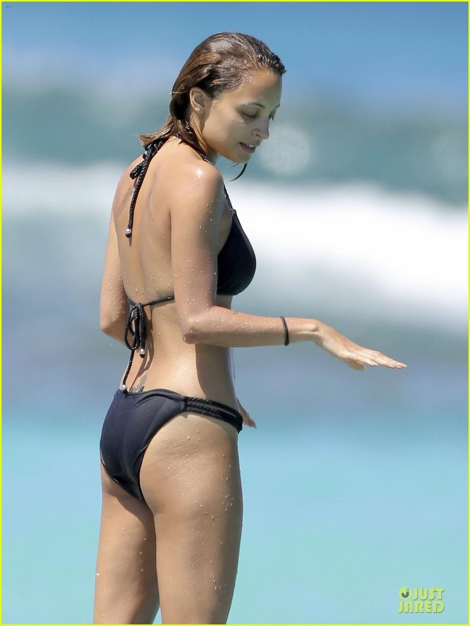 jessica alba nicole richie bikini clad gal pals 082844491