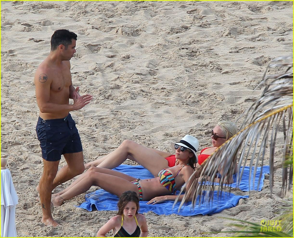 jessica alba nicole richie bikini clad gal pals 152844498