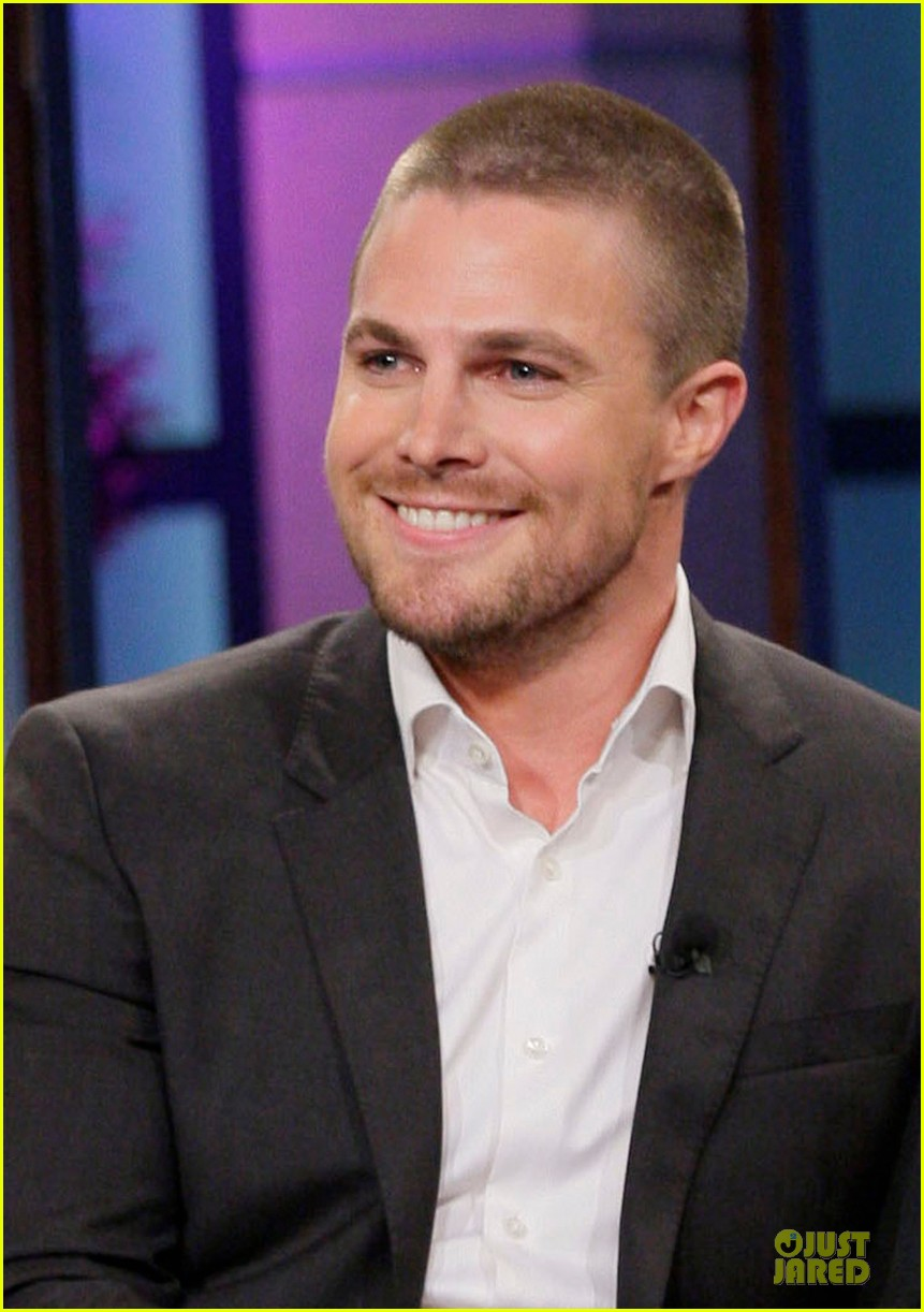 stephen amell male prostitute discussion on leno 042856943