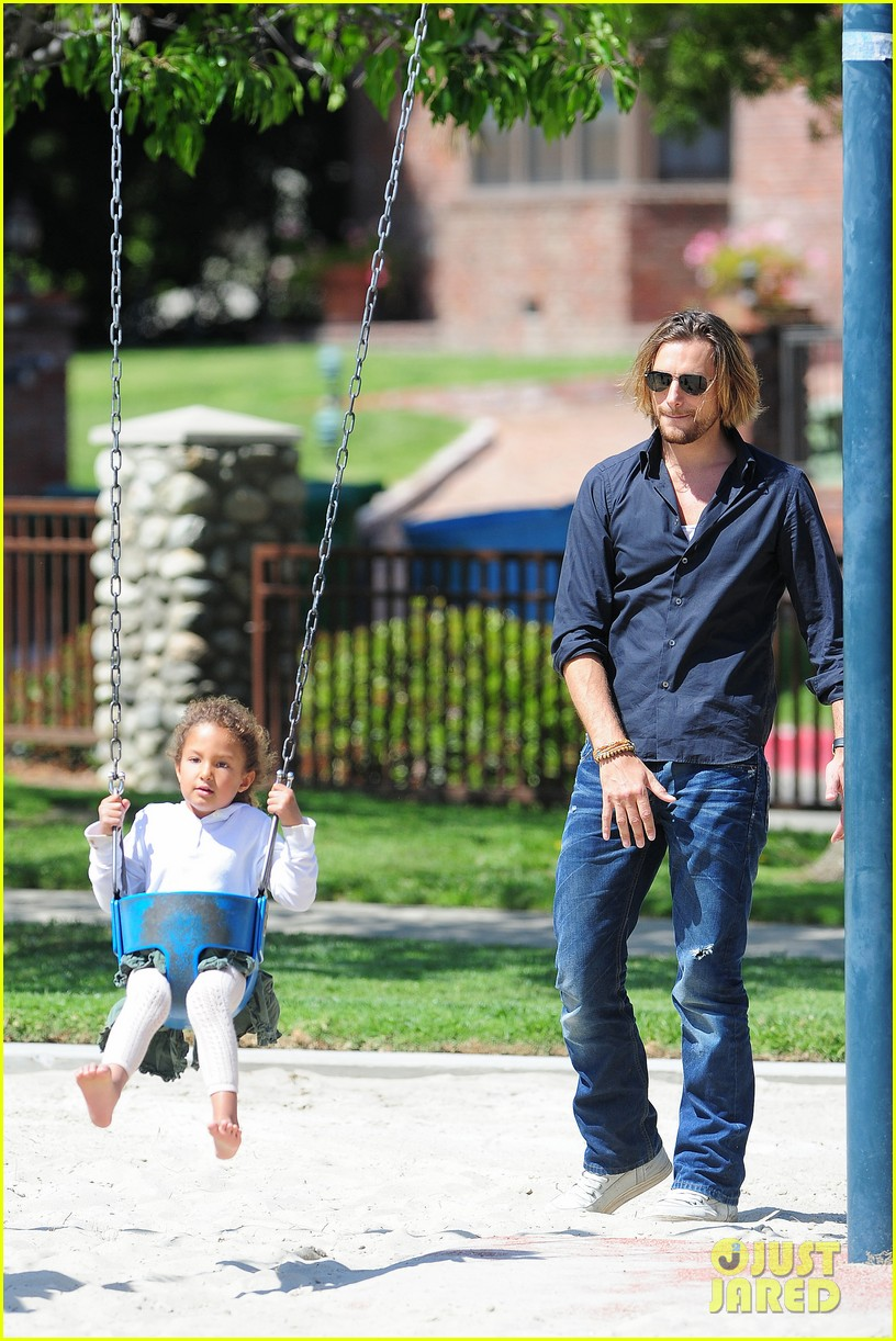 gabriel aubry park playtime with nahla 062858340