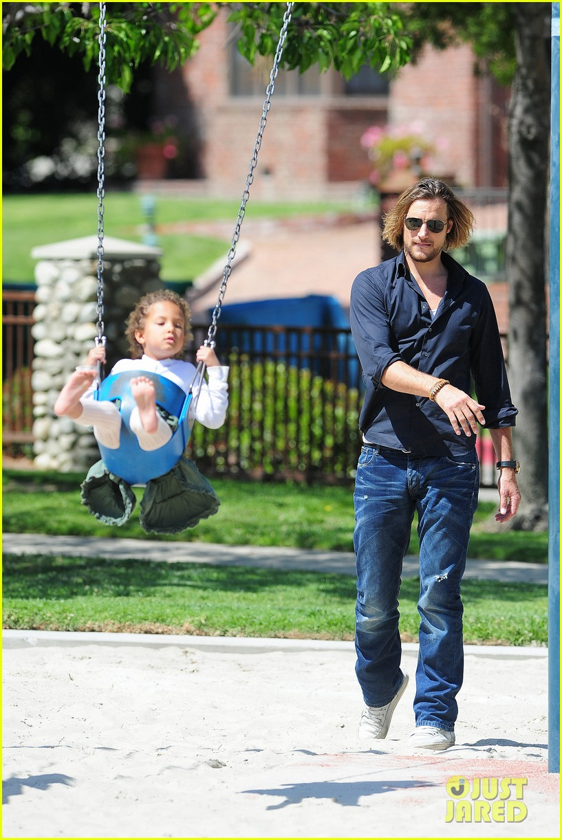 gabriel aubry park playtime with nahla 09