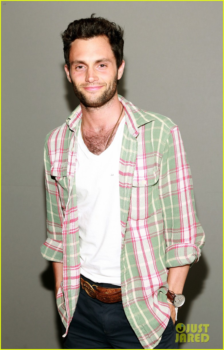 penn badgley greetings from tim buckley apple event 052858302