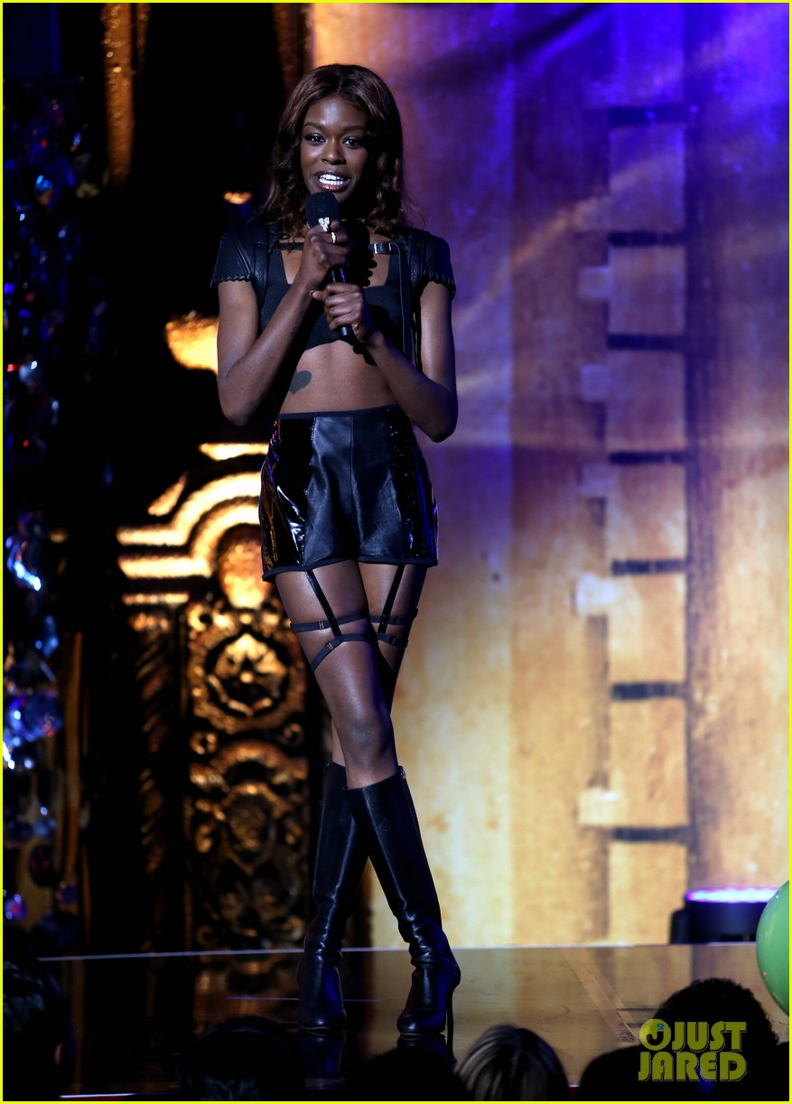 azealia banks naya rivera new now next awards 2013 02