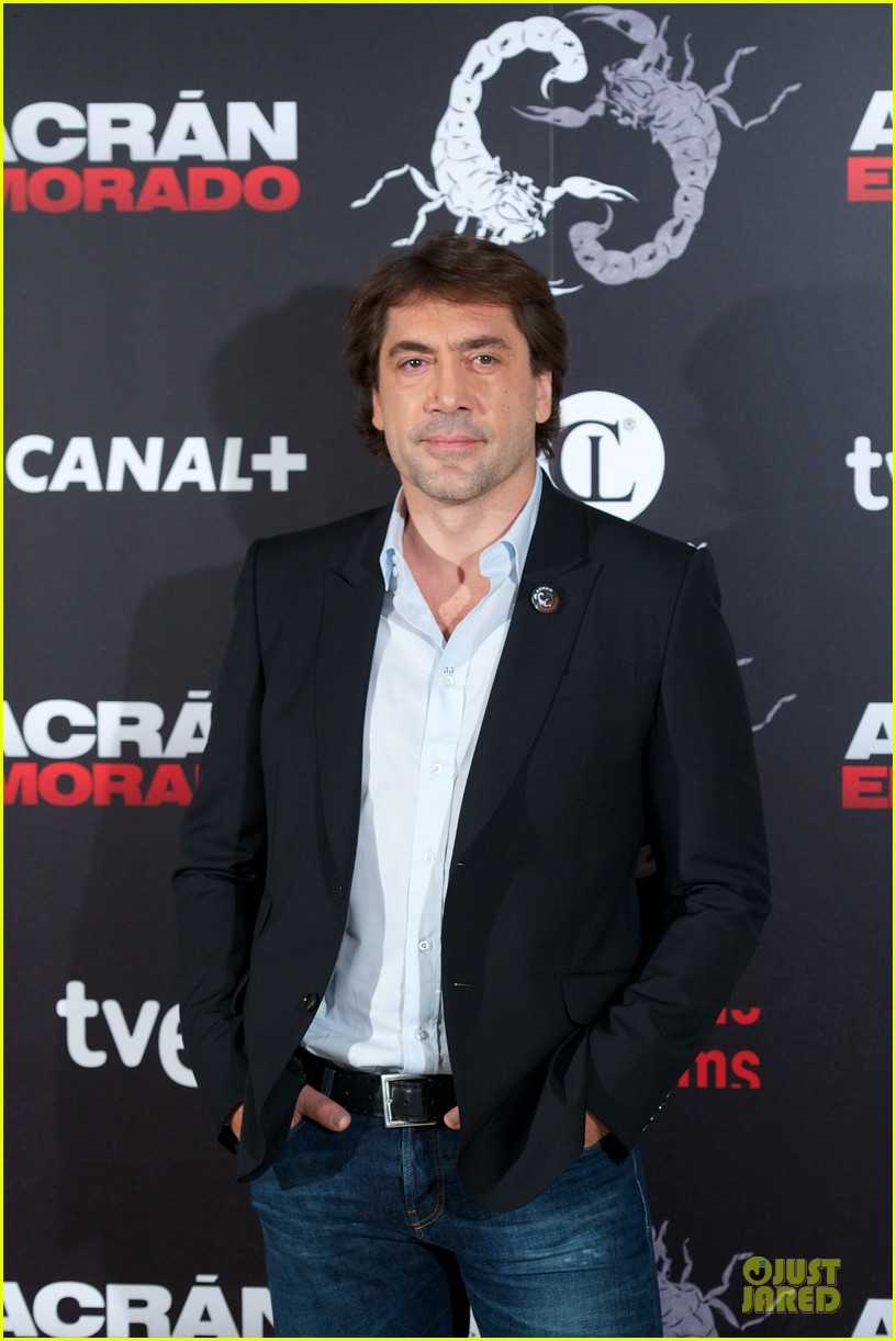 javier bardem alacran enamorado photo call with brother carlos 042846644