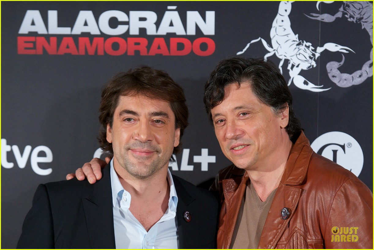 javier bardem alacran enamorado photo call with brother carlos 082846648