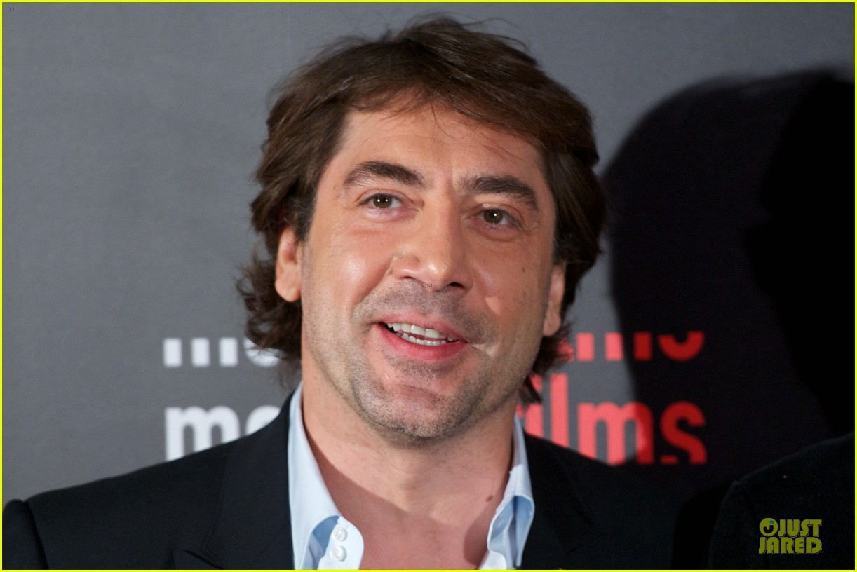 javier bardem alacran enamorado photo call with brother carlos 152846655