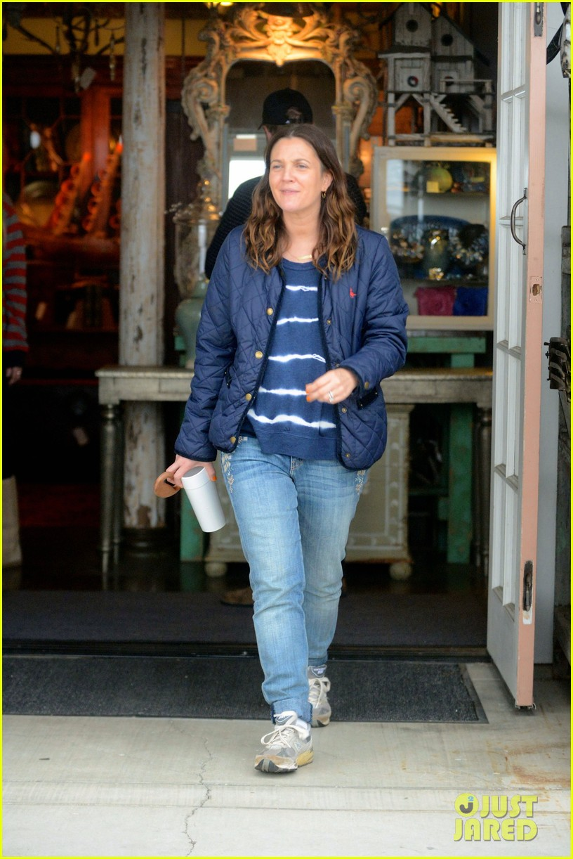 drew barrymore will kopelman antique shopping with baby olive 02