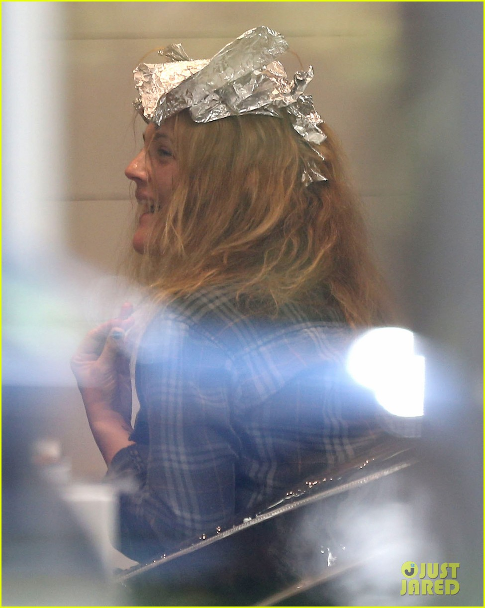 drew barrymore back to blonde 092861247