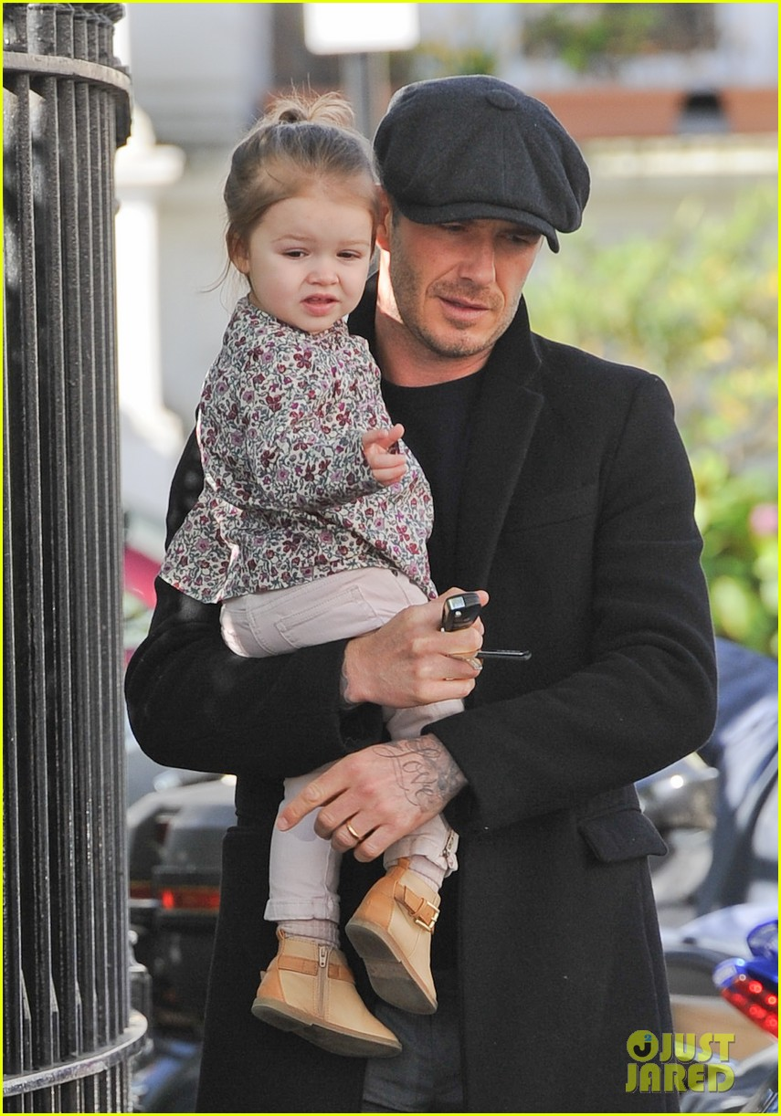 victoria david beckham day out with harper 042857199