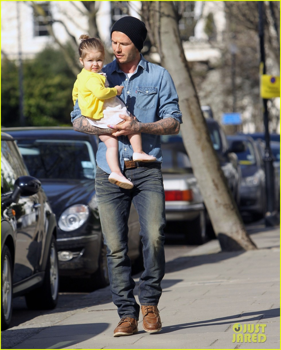victoria david beckham day out with harper 052857200